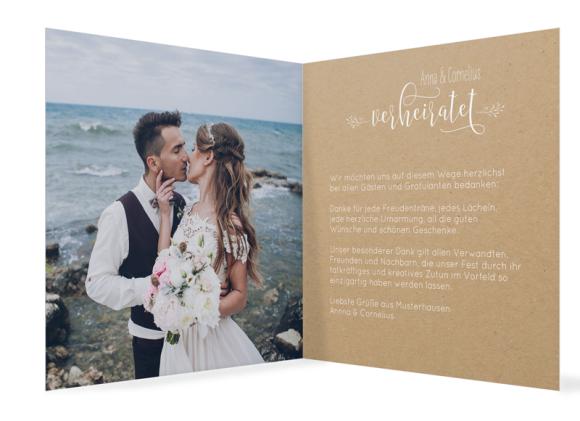 Hochzeitsdanksagungen (quadratisch, 13 Fotos, Kraftpapier), Motiv: HD Blumenkranz natural, Innenansicht, Farbvariante: weiss