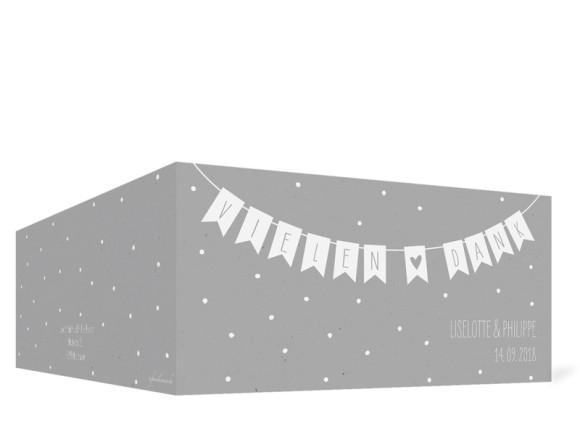 Hochzeitsdanksagung , Motiv: Wimpelkette, Aussenansicht, Farbvariante: Grau