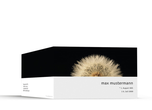 Außenansicht, Trauerkarte Motiv Löwenzahn, Farbversion: schwarz