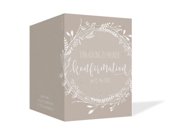 Einladung zur Konfirmation Blumenkranz, Klappkarte A6 hoch, Außenansicht in beige