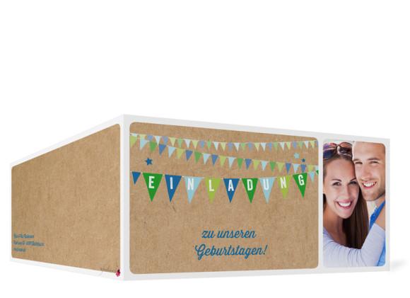 Geburtstagseinladung, Motiv Wimpel, Außenansicht, Farbversion: blau/grün