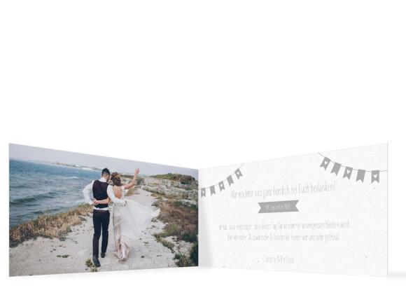 Hochzeitsdanksagung , Motiv: Wimpelkette, Innenansicht, Farbvariante: Grau