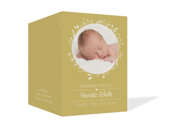 Geburtskarte (Klappkarte A6, zwei Fotos), Motiv: Henriette/Henry, Aussenansicht, Farbvariante: senfgelb