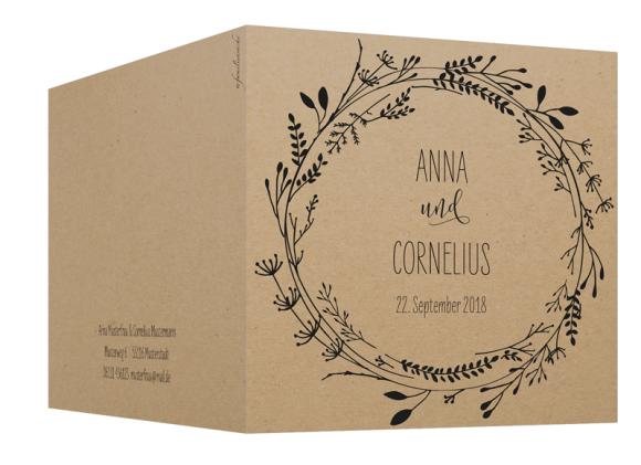 Einladungskarten Hochzeit (Klappkarte quadratisch, mit Foto), Motiv: Blumenkranz natural, Aussenansicht, Farbvariante: schwarz